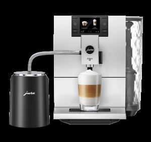 Wenn bei vielen Gästen Cappuccino & Co. in Dauerschleife zubereitet werden, hält die Glacette die Milch im Glas-Milchbehälter bis zu zwei Stunden kühl – ohne Stromanschluss.