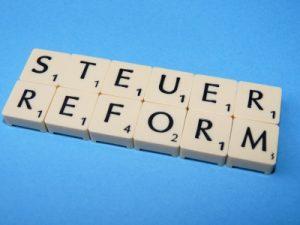 Handelsverband GF Rainer Will zieht ein erstes Fazit zu den verkündeten Maßnahmen der Steuerreform. (Bild: Dieter Schütz/ pixelio.de)